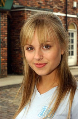 Tina O'Brian                  she played Sarah - Louise Plattt