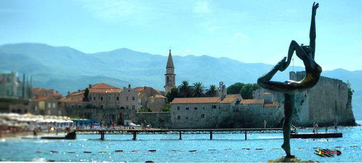 Old town - Budva, Montenegro, Nikon Coolpix L310, 18.6mm, 1/160s,ISO80,f/12.6, panorama mode: segment 2, HDR-Art/Tilt-Shift photography, 201607050943