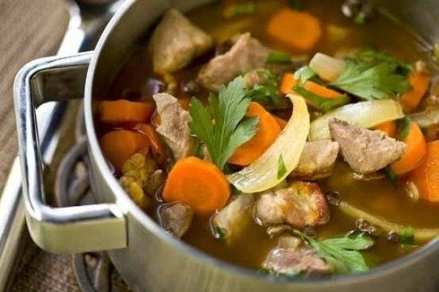 Karjalanpaisti (hot pot) A beef, pork and lamb hot pot, served with mashed potato and lingonberry jam. | 42 Traditional Finnish Foods That You Desperately Need In Your Life