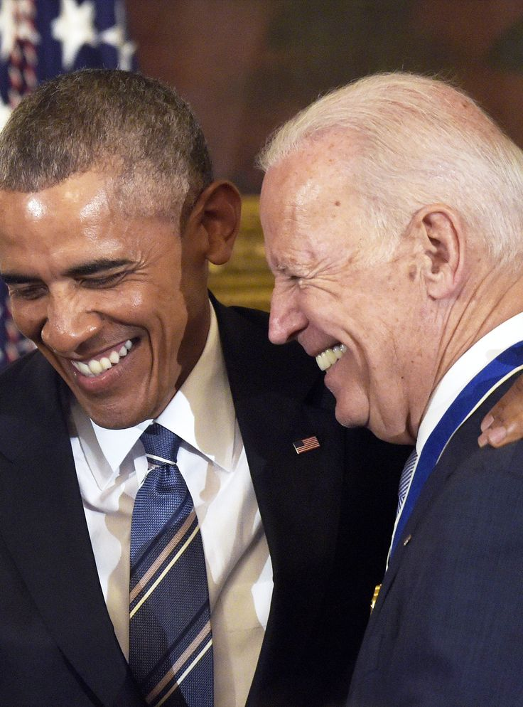 The Obama/Biden Bromance Is Getting Its Own White House Comedy+#refinery29