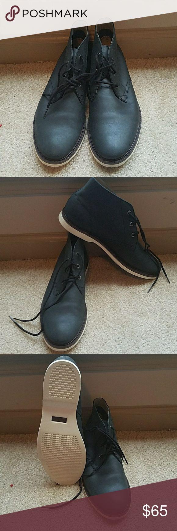 Men's Lacoste shoes  SZ 10 color is blue Men's  Lacoste  shoes SZ 10 color is  blue  these shoes  are stylish  for men. Lacoste Shoes