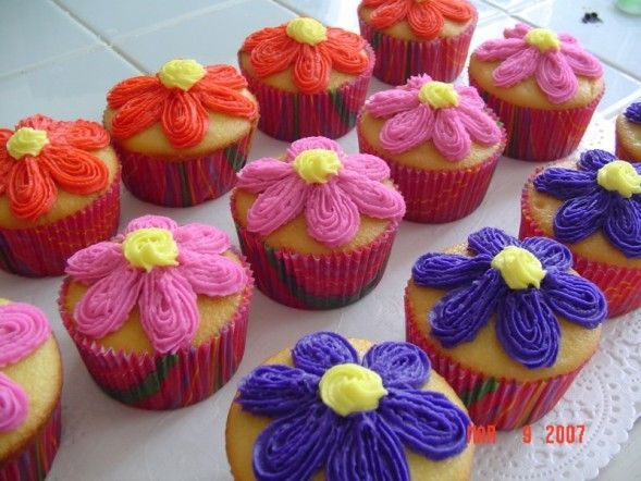Homemade Creations - CUPCAKES, MINI CAKES and MORE!!