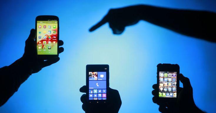 Венский дизайнер создал набор терапевтических устройств, чтобы помочь телефонным «наркоманам» справиться с отсутствием их смартфонов.