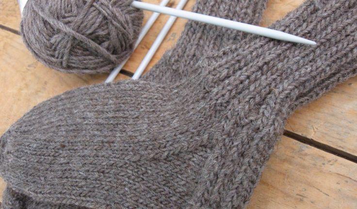 Patron de chaussette au tricot pour les enfants