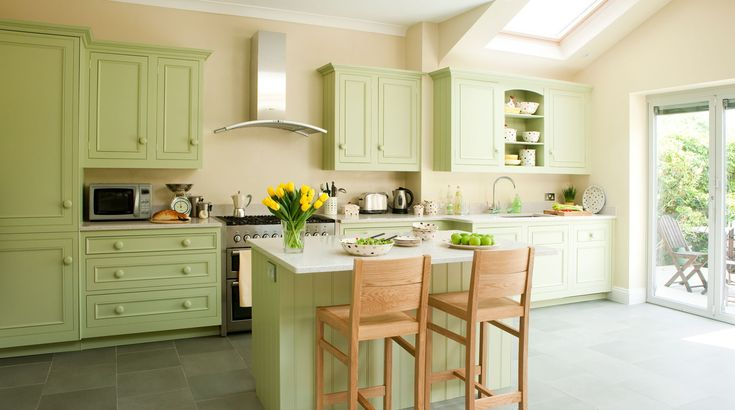 Gentle Cooking Apple Green gives a botanical twist to any kitchen, radiating health and vigour.  This shade is lovely when teamed with hues of cream or white, and feels fresh and familiar; a colour that is truly the essence of spring.
