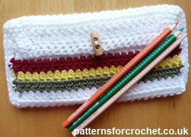 Easy pencil or hook case free crochet pattern from http://www.patternsforcrochet.co.uk/pencil-case-usa.html #freecrochetpatterns #patternsforcrochet