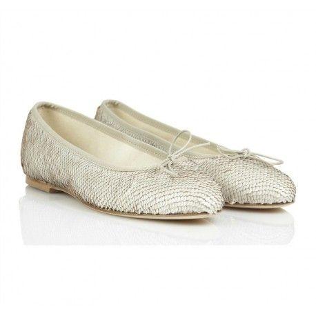 BALLERINE ANNIEL Ballerine di Anniel da donna con tomaia in cotone ricoperte da paillettes bianche e dorate reversibili con profili in cuoio, fodera interna in cotone e suola in cuoio. Ballerine Anniel comode e versatili ideali per il lavoro, per il tempo libero, per le cerimonie e tutti gli altri appuntamenti della tua vita. #anniel #scarpe #calzature #shoes #ballerine #girl #donna #ragazza #lady #shopping #eshop #ecommerce #fashion #moda #woman