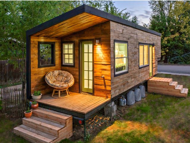 Minimalist Living. Tiny houses. Want one.