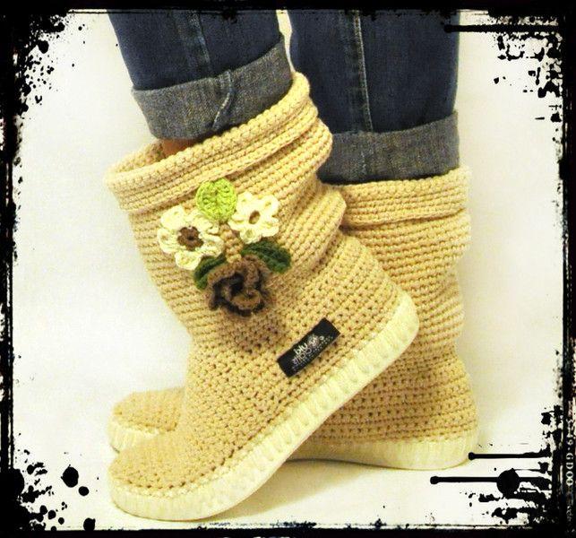 Crochet boots 65% cotton  35% acril UKI-BOHO-CREAM from Uki-Crafts by DaWanda.com