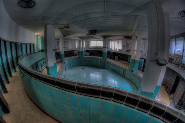 Abandoned Swimming Pool In Belgium Deralict Buildings Ships Planes Pinterest Pools Photos