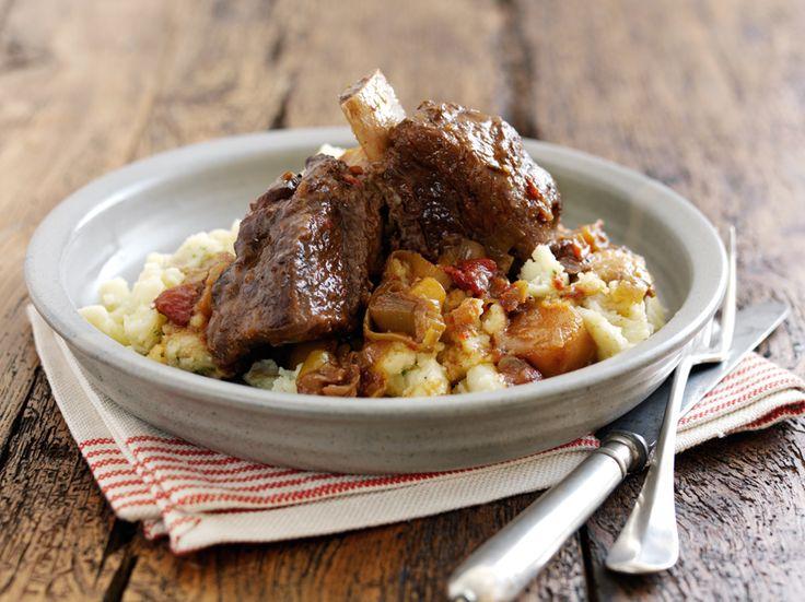 Costillas cocinadas a fuego lento. http://www.eblex.es/ver_recetas_sencillas.php?id_receta=114 #cocina #gastronomía #recetas