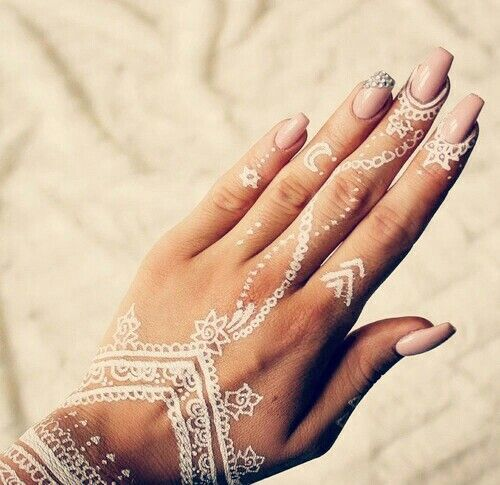 Moon Mehndi Liberty : White henna hand tattoo designs google search gold