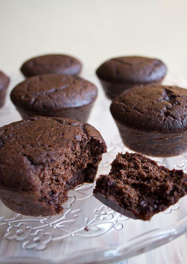 Egyszerre krémes és csokis, a tésztája valósággal elolvad a szádban! Így lehetne jellemezni ezt a szuper karcsúsító édességet, mi pedig m...