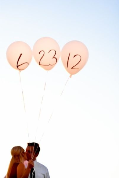 """50 """"Save the Date""""Photo Ideas"""