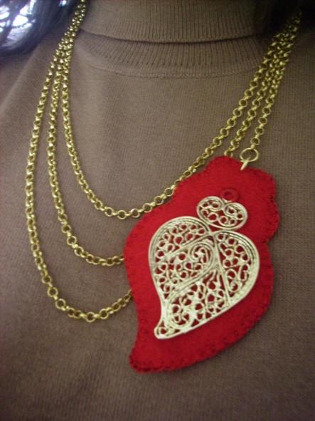 Portuguese filigree heart necklace