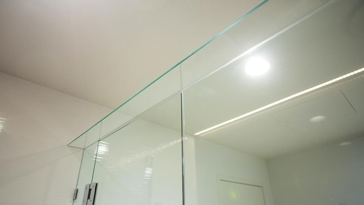 glass panels perfectly alligned