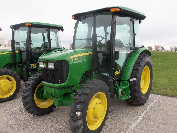 John Deere 5055E cab tractor