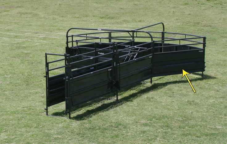 This component of Priefert's Solid Sweep System ends the radius and provides the wall that directs cattle to the alley entrance.