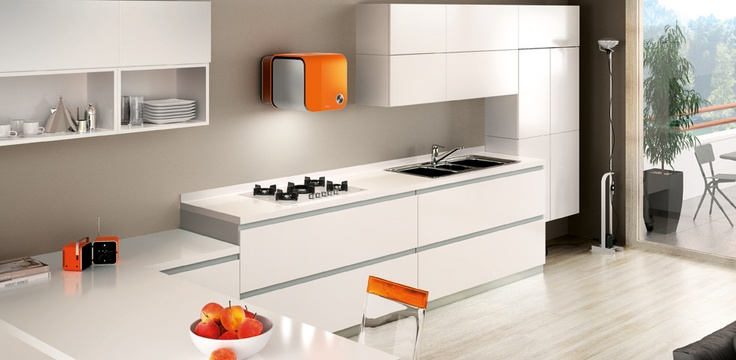 Hotte Elica : une touche de fraîcheur dans la cuisine  www.elica.com
