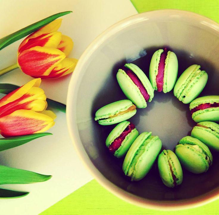 #macaroons#spring#raspberry#pistachio#saltycaramel#birthday#makronky#pistacie#malina#slanykaramel#druhasance