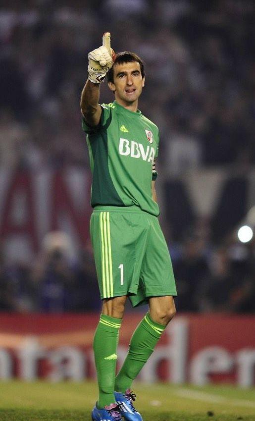 Marcelo Barovero.Campeón con Velez Sarsfield en Torneo Clausura 2009 y Torneo…