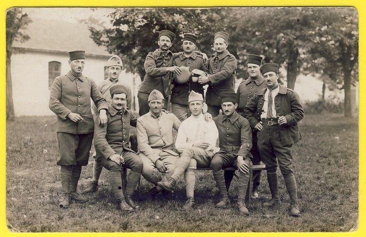 cpa CARTE PHOTO Soldats du 3e Régiment Zouaves ou Tirailleurs Militaire Uniforme