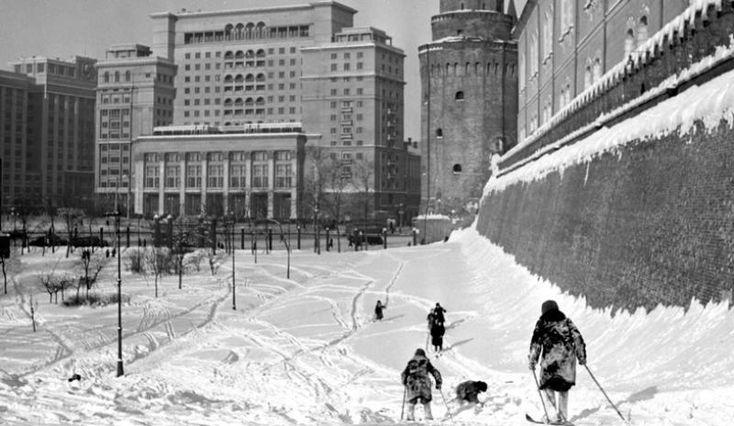 Зима в Москве во времена СССР