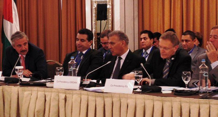 Συμφωνία Ελλάδας, Κύπρου, Ισραήλ για την προστασία του θαλάσσιου περιβάλλοντος http://mignatiou.com/2014/05/simfonia-elladas-kiprou-israil-gia-tin-prostasia-tou-thalassiou-perivallontos/?utm_source=dlvr.it&utm_medium=facebook