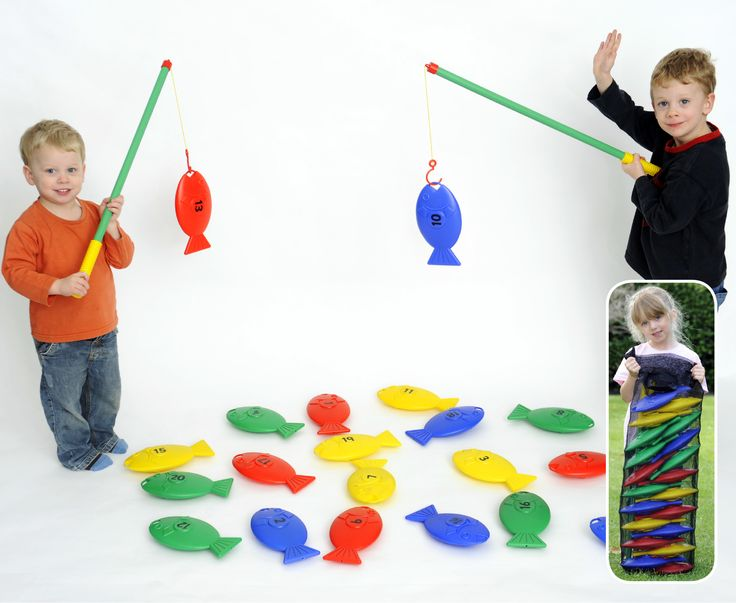 EA-17 Giant Fishing 1-20 This Giant Number Fishing Game is suitable for indoor or outdoor use. Children hook the fish with their fishing rods. The game is designed to improve motor skills and hand-eye co-ordination whilst learning numbers 1 to 20.  There are 20 brightly coloured, numbered fish & 2 plastic rods, together with a net bag for storage. Fish are made from durable plastic and are approximately 23cm long and the fishing rods are 72cm long.  This game can also be used in water…