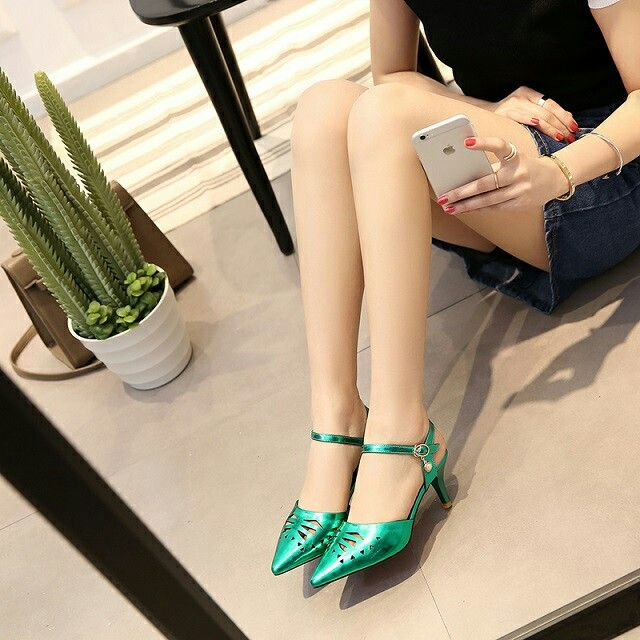 $21.5 Green Mettalic Single Strap! #pointedheels #highheels #onlineshop #oli_oddie