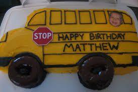 school bus cake - annas magic school bus party