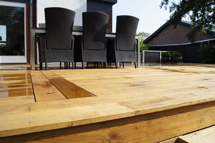 Smuk nylagt terrasse i Europæisk Eg Rustik terrassebrædder. Foto: Keflico A/S.