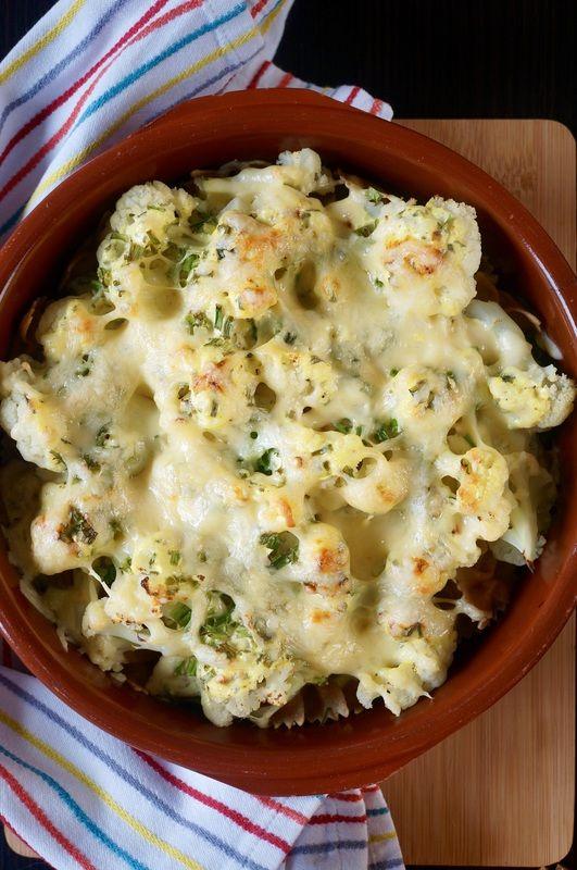Zapiekanka makaronowa z kalafiorem w sosie jogurtowym z serem żółtym http://fantazjesmaku.weebly.com/blog-kulinarny/zapiekanka-makaronowa-z-kalafiorem-w-sosie-jogurtowym-z-serem-zoltym