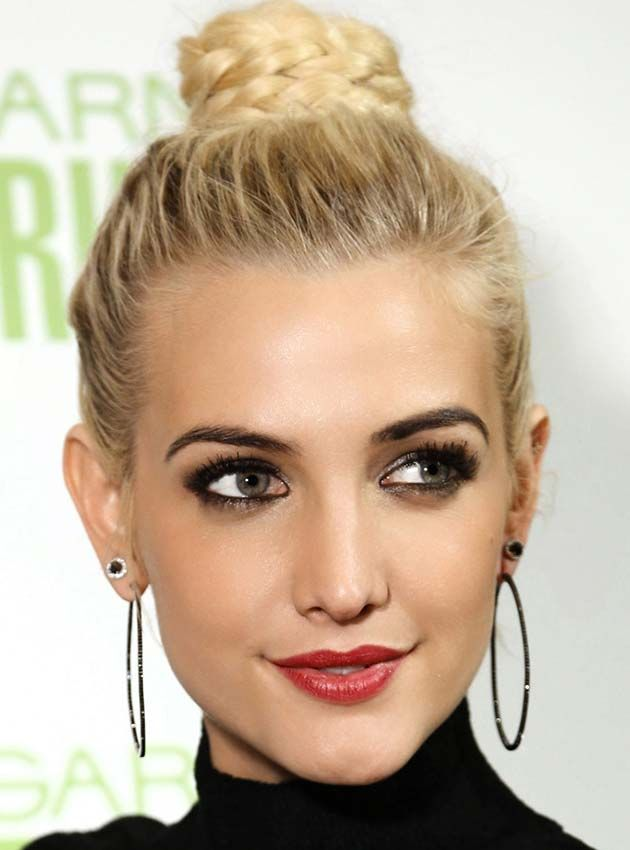 20 Celeb Inspired Chic Braids To Try This Summer: Ashlee Simpson Braided…