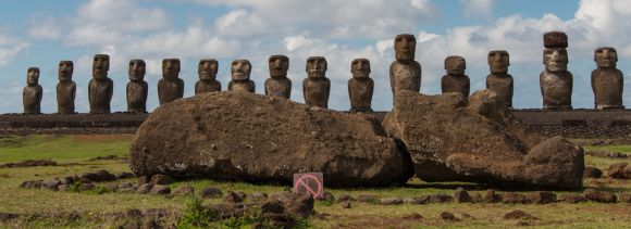 Easter Island is famous for its #Moai statues and this is the most famous group of them all. The 15 Moai of Ahu Tongariki stand with their backs to the ocean looking inland and form the iconic image of Easter Island.  A huge tsunami damaged the ahu and washed the Moai further inland in 1960 but it was restored in the  1990's. #easterisland #isladepascua