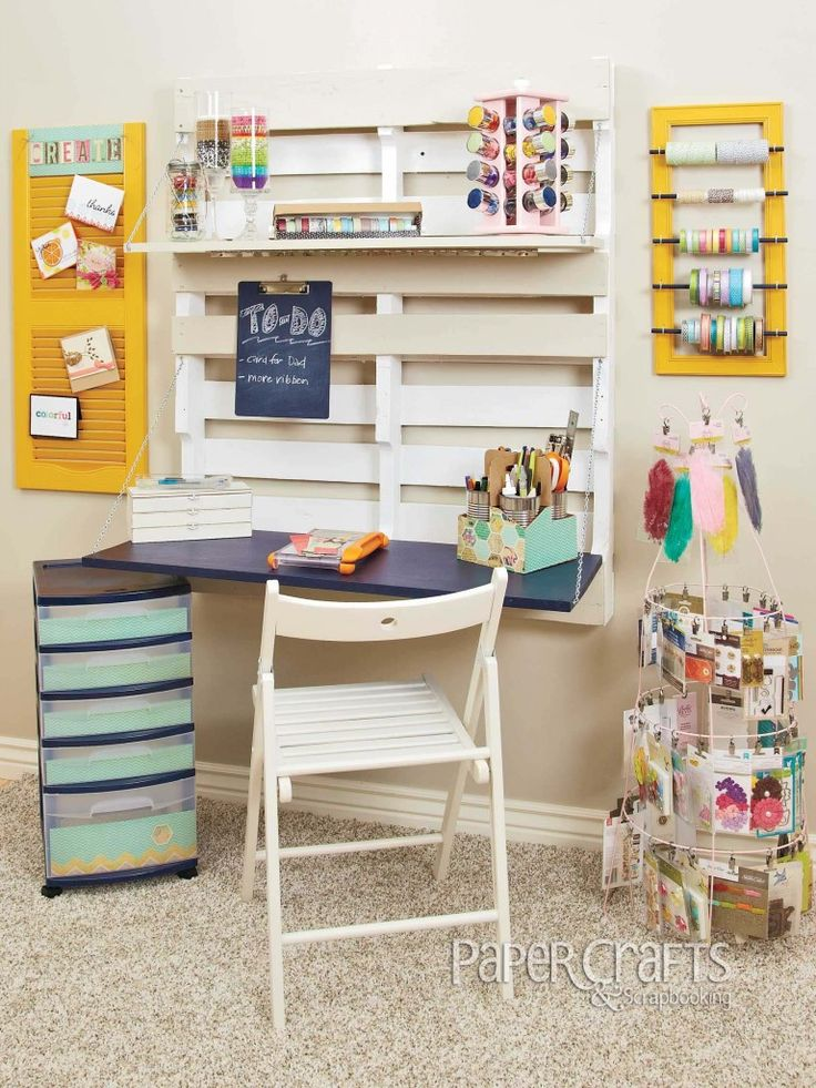 Pallet work station in a craft room. Love this!