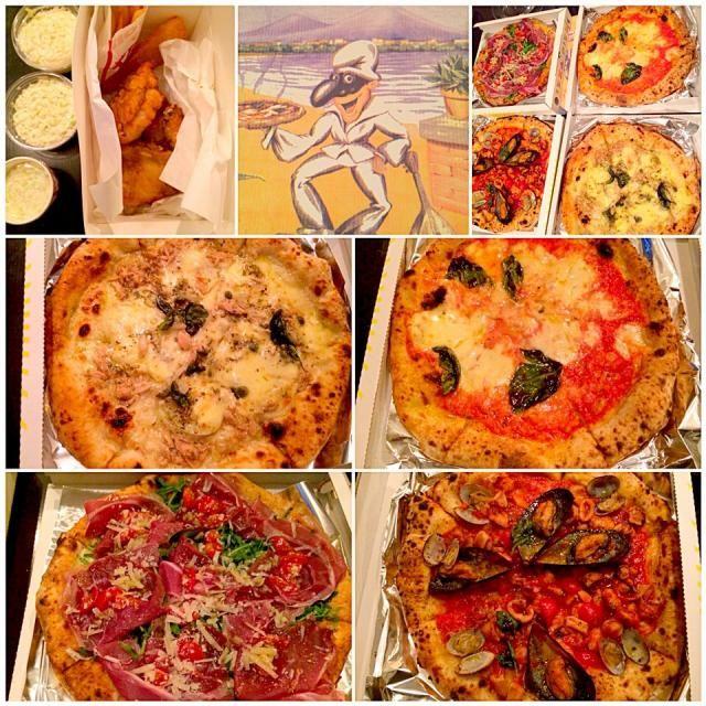 """あちらに行こうかこちらにするかと迷い迷って大好きなピザ屋さんのTo Go 焼いてもらってる間にケンタと大勝軒ラーメンもお持ち帰り いつも頼まないツナ&アンチョビが美味しかったぁʕु-̫͡-ʔु""""さぁ荷造りしながら帰りを待ちましょう - 46件のもぐもぐ - Pescatore・Prosciutto&arugula w/Porcini mushroom Pizzaペスカトーレ,プロシュート&ルッコラにポルチーニ by honeybunnyb"""