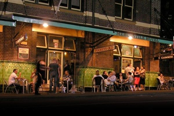Set in The Rocks in a redbrick building dating from 1914, this casual, Irish-style hotel is a 9-minute walk from Circular Quay train station, 1.1 km from the Sydney Harbour Bridge and 1.6 km from the Sydney Opera House. The warm, relaxed rooms feature traditional furnishings and shared bathroom facilities. Some have fireplaces. Upgraded rooms offer en suite bathrooms.