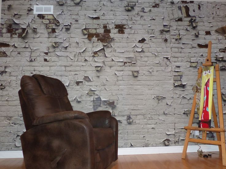 """Here is our famous """"Peeling Paint Brick Wall"""". Thank you to Johanne Duguay for the nice picture! www.muralunique.com"""