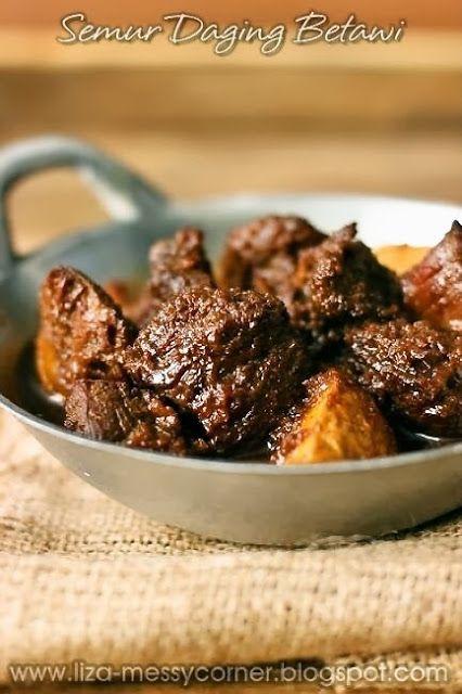 My life, my love, my food: Semur Daging Betawi  schenkel met uien, gember etc.