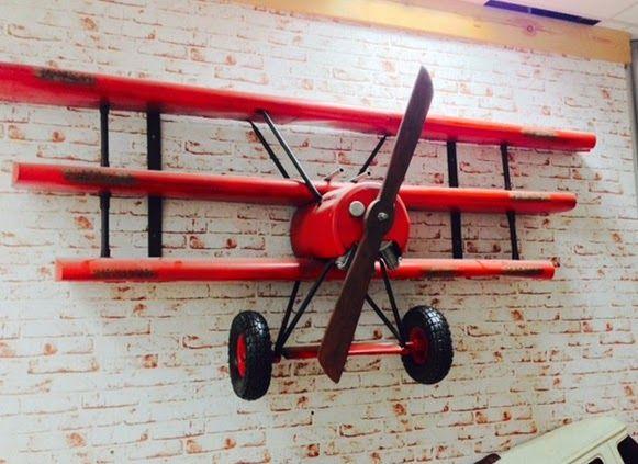 Bem Legaus!: Barão Vermelho de parede