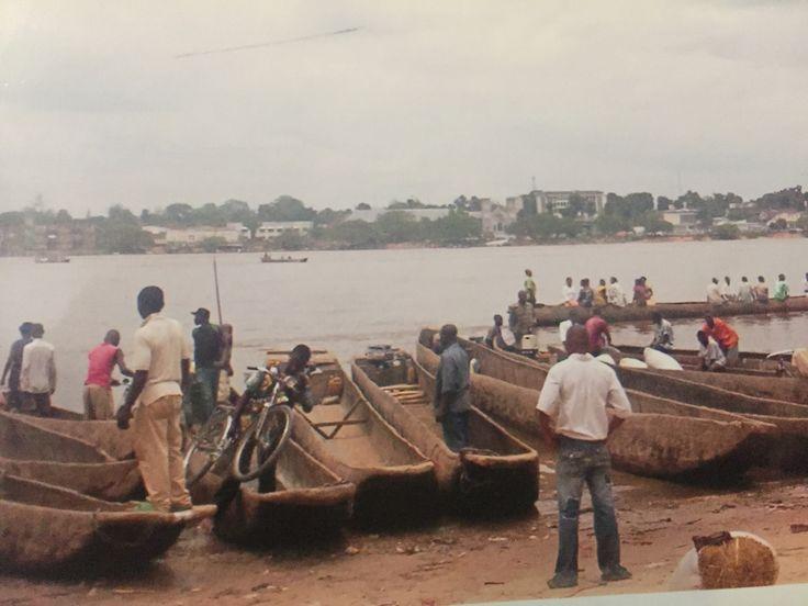 Pirogue Harbour on Congo River, Kisangani, DRC.