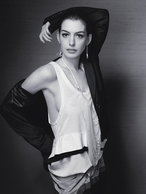 Anne Hathaway, le feu sous la grâce