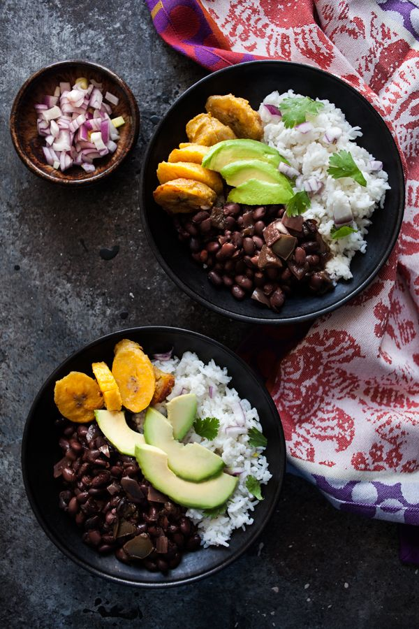 Cuban Black Bean and Cilantro Lime Rice Bowls with Baked Plantains ...