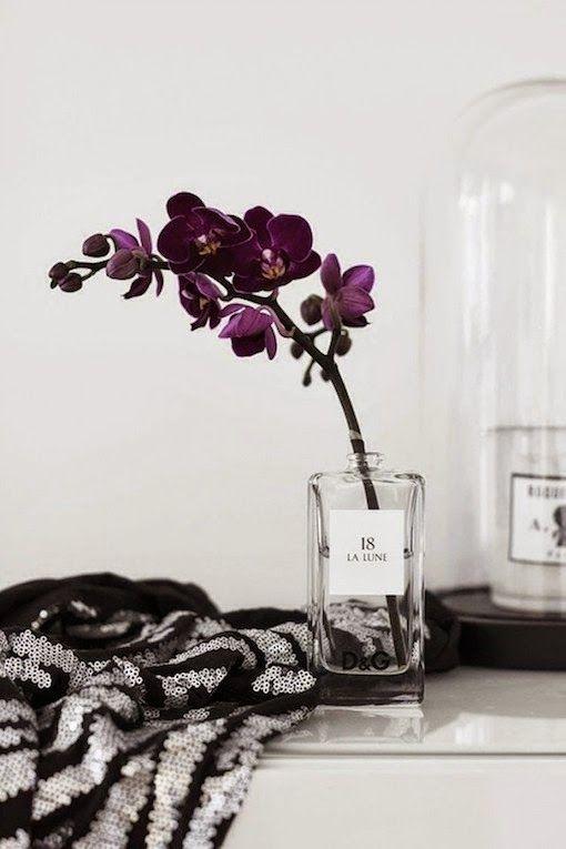diy inspiration: PERFUME BOTTLE VASES | bellaMUMMA