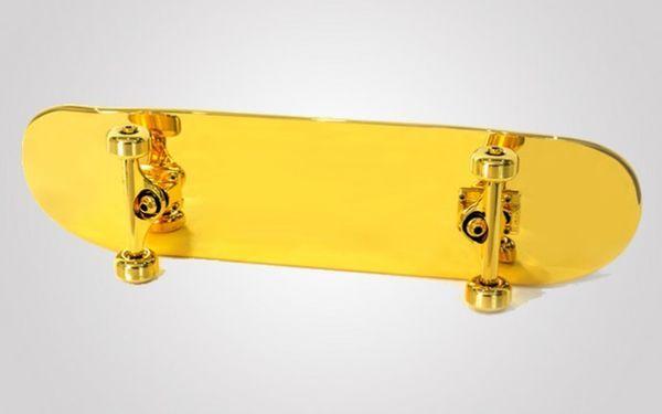 82 best images about gold stuff on pinterest takashi murakami saddam hussein and skateboard. Black Bedroom Furniture Sets. Home Design Ideas