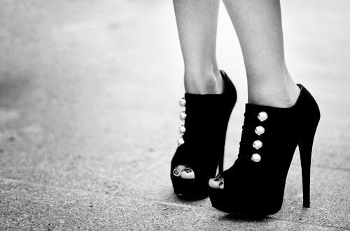 sexy ankle boots: Black Booties, Black Booty, Black And White, Peep Toe Heels, Fashion Heels, Black Shoes, Peeps Toe, Military Booty, Fashion Photography