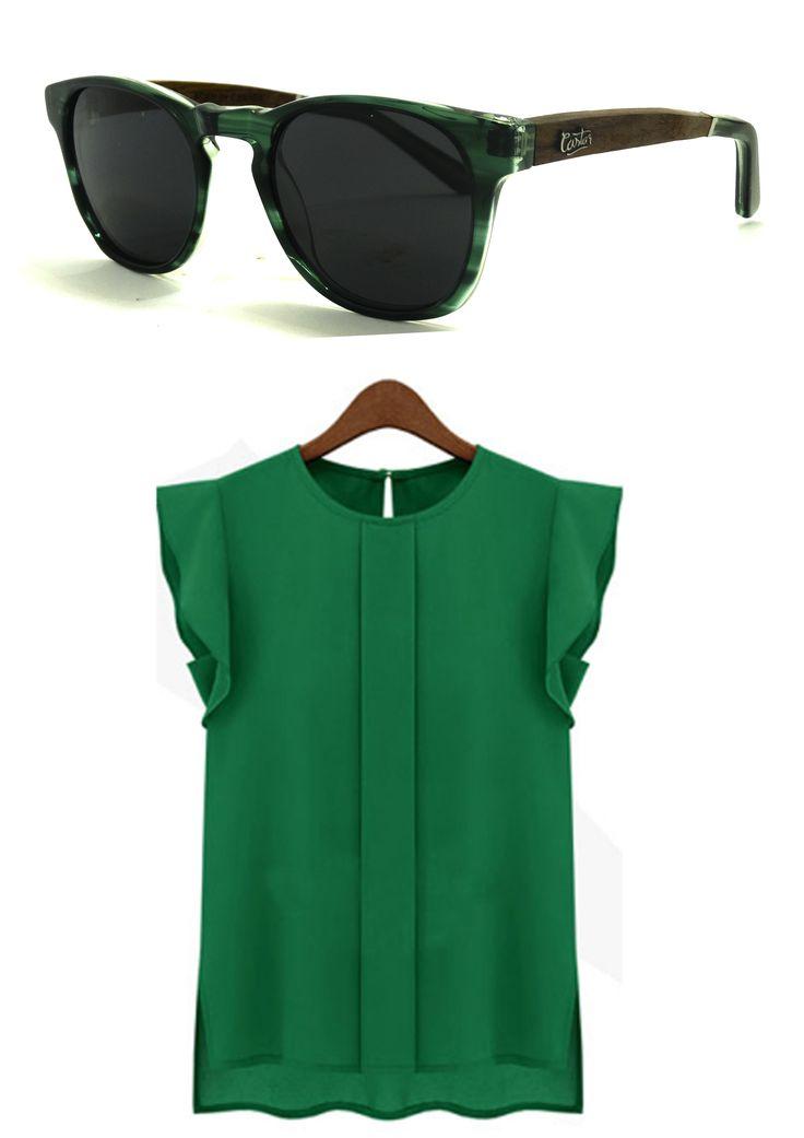 El verde es uno de los colores del verano 2016, lo podemos observar en distintas pasarelas de moda. Es un color que capta la atención, y resalta sobre otros. Dependiendo de la ocasión se puede complementar, o combinar con otras tonalidades. Aprovecha la ocasión y únete al verde ;)