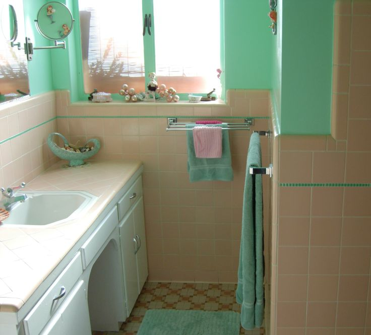 Cool Retro Bathrooms 31 best retro bathrooms images on pinterest | retro bathrooms