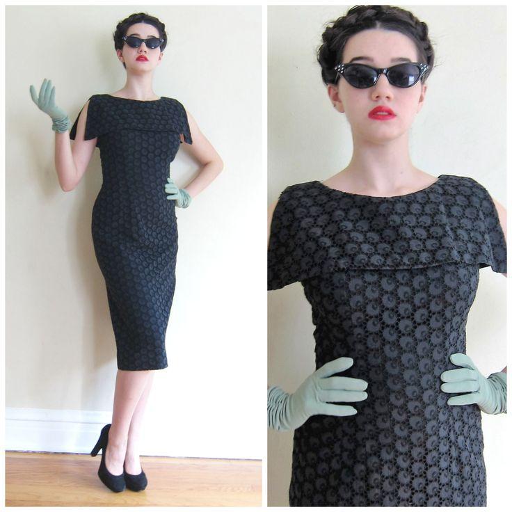 Vintage 1950s Wiggle Dress in Black Eyelet Cotton Lace / 50s Cocktail Dress…